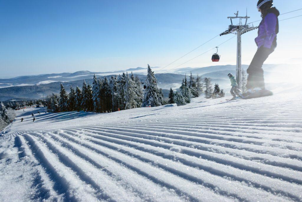 narty, wyciąg narciarski, nartostrada